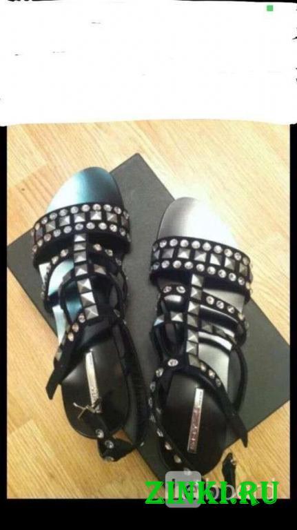 Сандалии новые shy италия 39 размер черные кожа. Москва