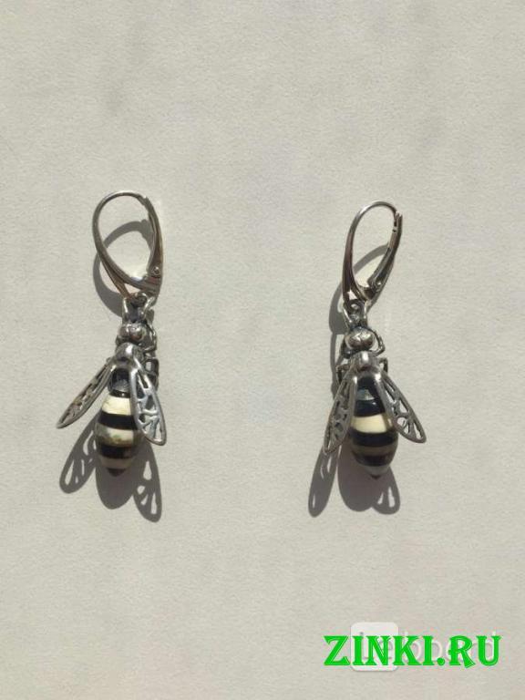 Серьги пчела бижутерия украшение металл под золото. Москва